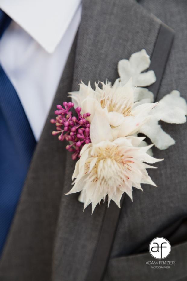 groomsmen-boutonniere