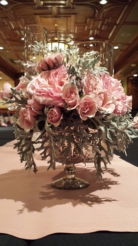 1920's pink wedding flowers 1-min